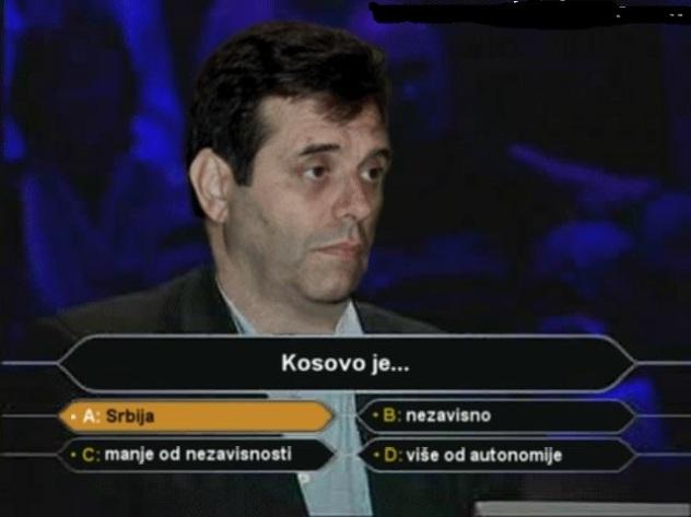 Koštunica odlučio da večeras popali sve sijalice da se osveti planeti zbog Kosova!