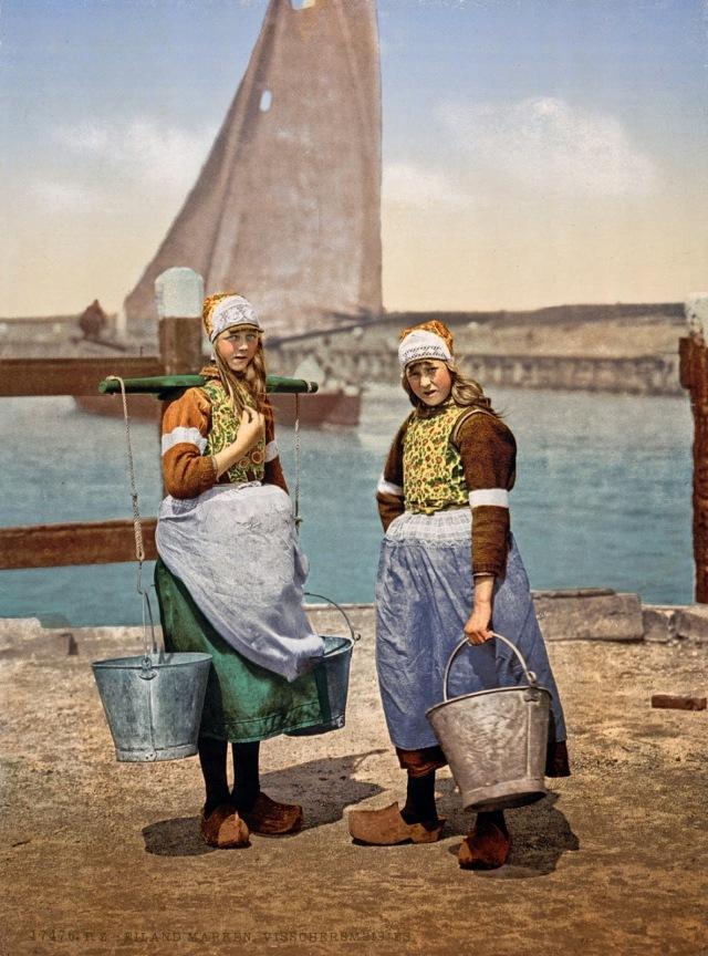 Narodna nosnja, Marken Island, Holland, ca. 1890-1900