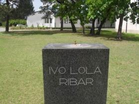 I Ivo Lola bez glave , Grad Subotica