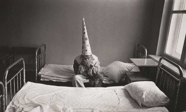 Doček Nove godine by Pavel Krivtsov, Psihijatrijska bolnica, Moskva, 1988