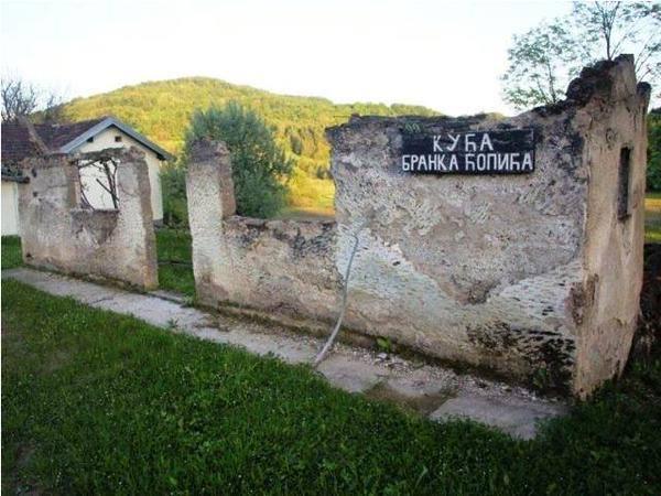 rodna kuća Branka Ćopića u Hašanima.