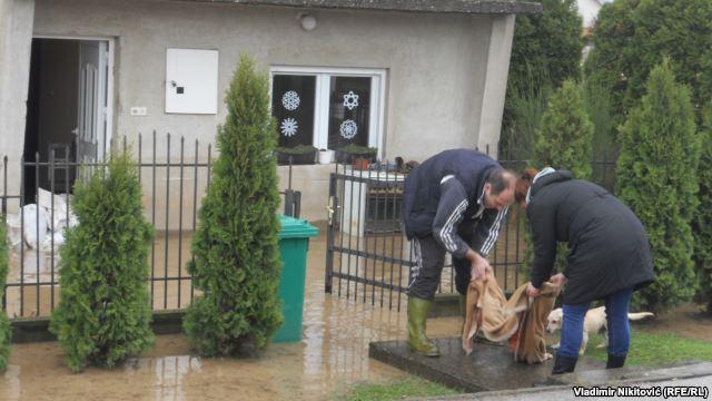 Čišćenje nakon poplava u čačanskoj opštini