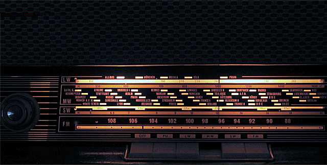 stari-radio-2